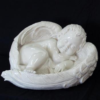 Ангел спящий  мраморная статуя М1