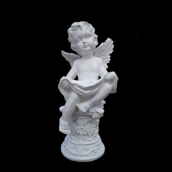 Ангел с чашей М27