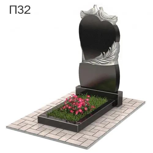 Сердце с голубями и цветами вертикальный памятник П32