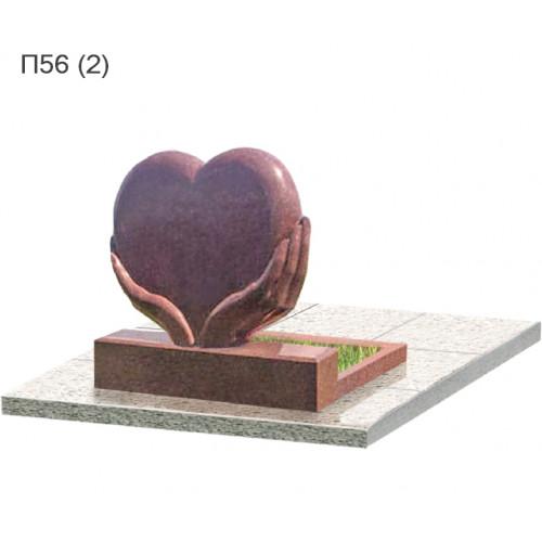 Сердце в руках из красного гранита балморал Ред  горизонтальный памятник П56  1